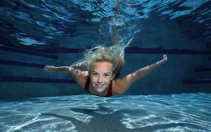 iНаучи ребенка плавать