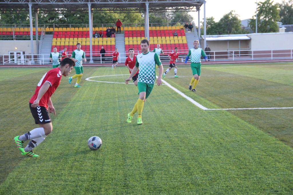 Футбол Чемпионат обл 05.06.2017 031